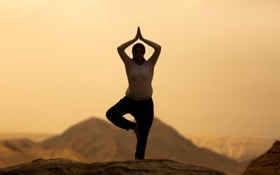 El yoga como desestresante, tanto en casa como en la oficina